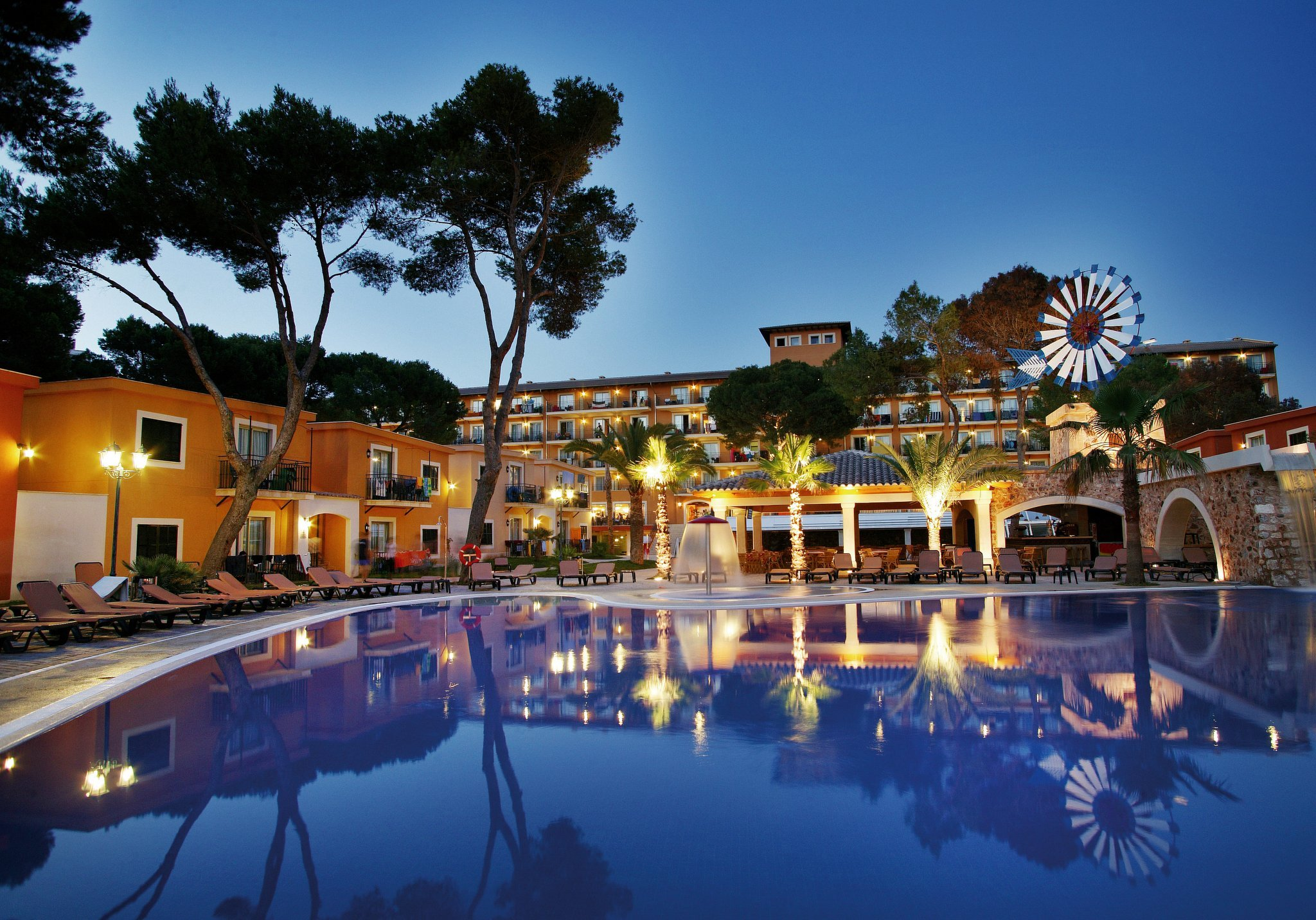 Barcel bilbao nervi n promodispo for Barcelo paris hotels